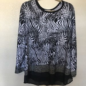 Women's 2x Carol Rose Black/White Animal Print Top